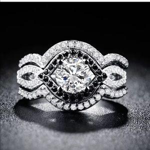 Round Cut White & Black Sapphire 925 Silver Ring